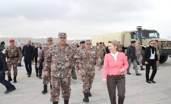 رئيس هيئة الأركان المشتركة يستقبل وزيرة الدفاع الألمانية