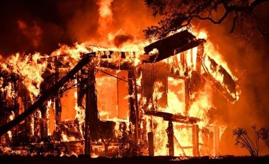شاهد .. النيران تأكل كاليفورنيا في أسوأ كارثة تاريخية ( صور )
