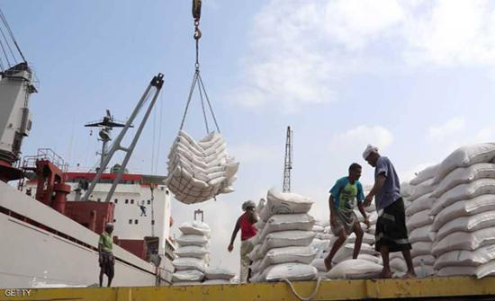 بسبب حصار الميليشيات: مخازن حبوب الحديدة مهددة بالتعفن