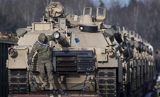 ترامب سيطلب زيادة الإنفاق الدفاعي في ميزانية 2019