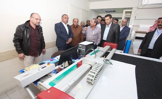 أمين عمان : تركيب (111) ألف وحدة إنارة موفرة للطاقة LED  في 19 منطقة في عمان