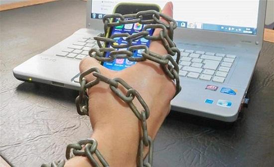 إختبار بسيط.. هل أنت مدمن على هاتفك الذكي؟