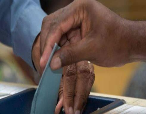 حزب ماكرون يخسر في انتخابات جزئية في دائرتين بفرنسا