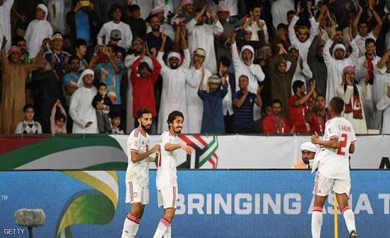 """بالفيديو : """"الأبيض"""" الإماراتي يروض """"النمور الزرقاء"""""""