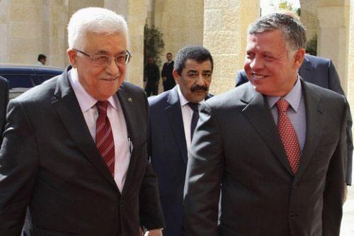 الملك يهنىء عباس على اتفاق المصالحة الفلسطينية