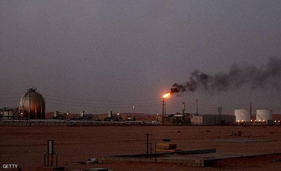 """بعد الهجوم.. """"أرامكو"""" تستأنف ضخ النفط من محطتي الرياض"""