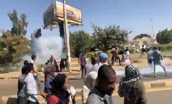 """عين """"الأوروبي"""" على السودان.. ودعوة لإطلاق المعارضين"""