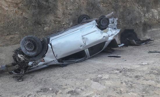 إصابتان اثر حادث تدهور في المفرق