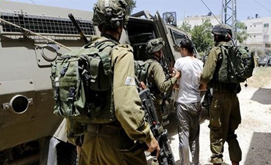 الاحتلال الاسرائيلي يعتقل 10 فلسطينيين من القدس