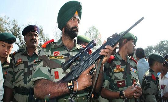 الجيش الباكستاني: مقتل 5 جنود هنود على طول خط المراقبة بكشمير