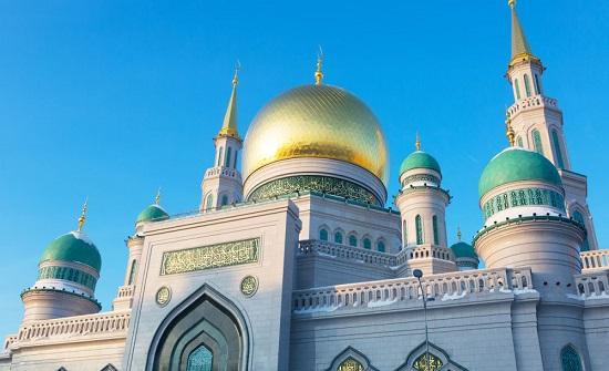 افتتاح أول مسجد للنساء في مدينة