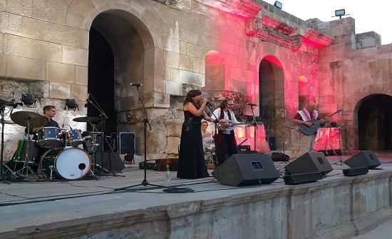 """فرقة """"باندا ايكونا"""" الايطالية تحيي حفلا غنائيا في """"الاوديون"""""""
