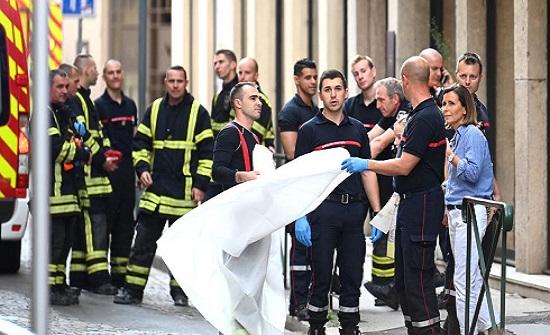 نيابة فرنسا توقف مشتبهاً بهما في تفجير ليون