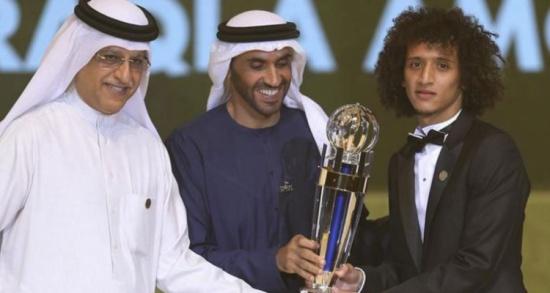 الإماراتي عمر عبد الرحمن أفضل لاعب كرة قدم في آسيا لعام 2016