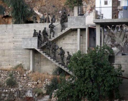 """الاحتلال يعتقل والدة وشقيق منفذ عملية """"حلميش"""""""