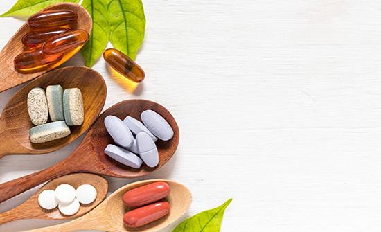 هل الاعتماد على الفيتامينات والمكملات الغذائية يؤتي ثماره حقاً؟