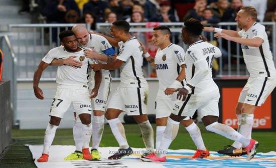نجم الدوري الفرنسي يتجاهل عمالقة البريميرليج من أجل برشلونة