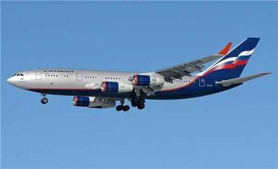 موسكو: إصابة 23 شخصا جراء هبوط اضطراري لطائرة ركاب