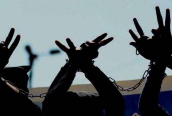 إضراب الأسرى يدخل أصعب مراحله في يومه ال34