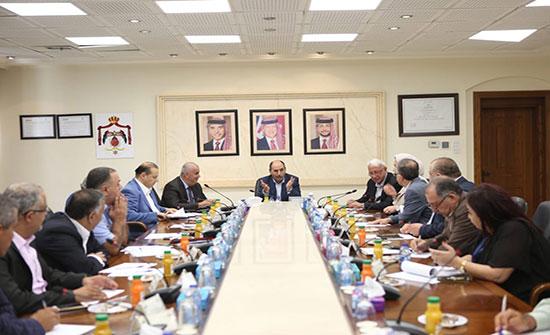 وزير الاشغال يلتقي لجنة عمان خضراء 2020