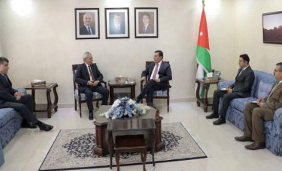 رئيس مجلس النواب يلتقي سفير ارمينيا