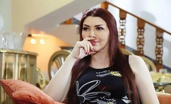 إسعاف عبير شمس الدين إلى المستشفى بعد إصابتها بنوبة قلبية مفاجئة!