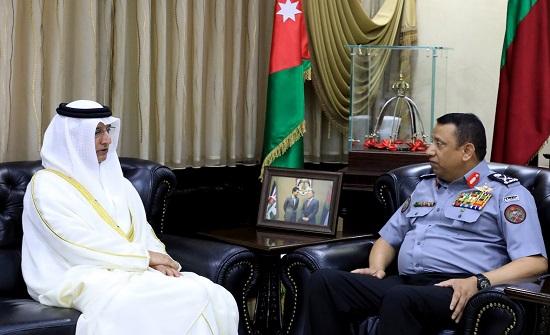 المدير العام لقوات الدرك يبحث مع السفير الإماراتي تعزيز التعاون المشترك