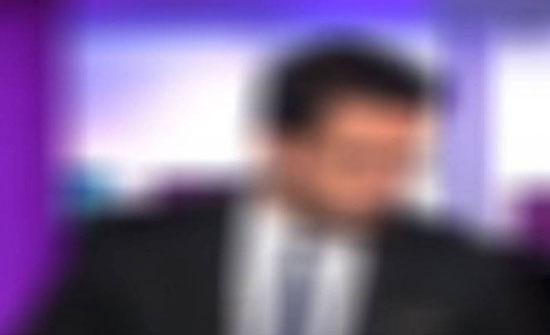 """فيديو مؤثر - مذيع يودّع المشاهدين بعد 5 سنوات على شاشة """"العربية"""""""