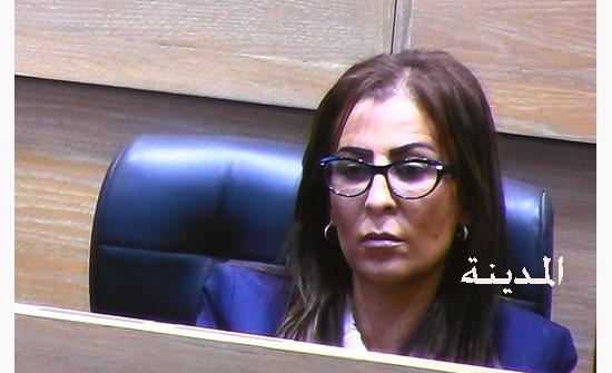 غنيمات عن ورشة البحرين : أي عرض لا ينسجم مع موقفنا مرفوض