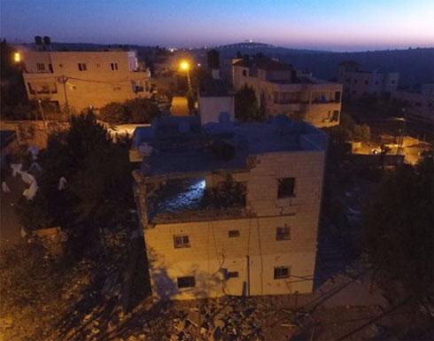 بالفيديو.. قوات الاحتلال تفجر منزل الشهيد الجمل