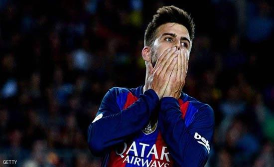 """برشلونة يمدد عقد بيكيه بشرط جزائي """"خيالي"""""""