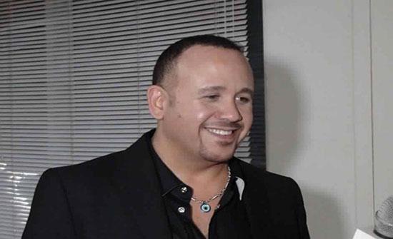 """بعد غياب ١٠سنوات.. هشام عباس يستعد لـ""""شارى بالغالي"""""""