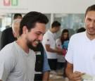 بالفيديو : الأمير الحسين يشارك متطوعين في مبادرة بنك الملابس الخيري