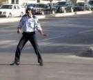 الملكة رانيا تنعى شرطي السير هزاع الذنيبات
