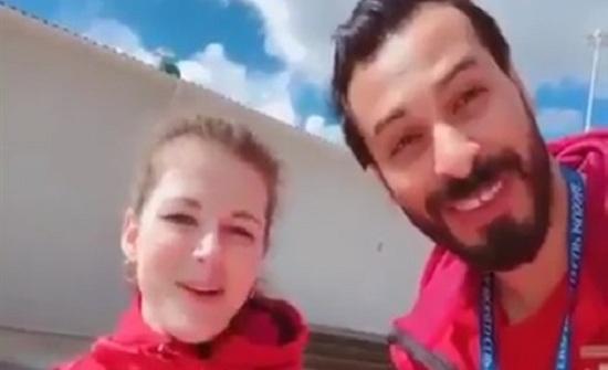 شاهد ماذا فعل شاب مصري مع فتاة روسية في المونديال (فيديو)