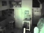 بالفيديو: بعد أن لاحظ إختفاء طعامه وضع كاميرا مراقبة ليكتشف الصدمة!!