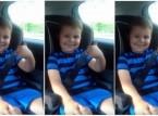 شاهد.. رد فعل طريف لطفل تلقى خبر حمل والدته