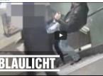 لانها محجبة .. هذا ما فعله رجل بها بمحطة قطار في برلين!