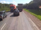 شاهد.. سائق متهور يتسبب في حادث كارثي