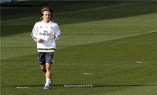 مودريتش يصدم ريال مدريد بقراره النهائي