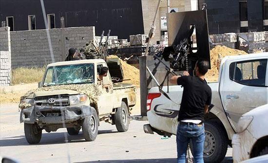 ليبيا.. إصابات جراء قصف طيران حفتر معهد للشرطة بغريان