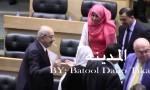 بالفيديو : لقطات نيابية من تحت القبة ( وزراء ونواب )