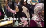 """بالفيديو : شاهد  النائب فضية أبو قدورة  توسع الصحفيين شتما بسبب """" ورقة الملوخية """""""
