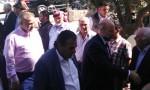 بالصور والفيديو : الرزاز يزور بيت عزاء الشهيد قوقزة