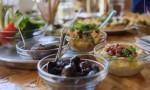 فيديو | المائدة الأردنية تتميز بوجود العديد من الخيارات والأصناف المختلفة