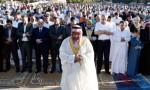 آلاف الأردنيين يؤدون صلاة العيد