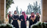بالفيديو : الملك والملكة يزوران ضريح المغفور له بإذن الله الملك الحسين
