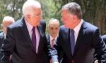عباس يتوجه إلى الأردن لعقد اجتماع هام مع الملك