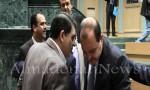 بالفيديو والصور : شاهدوا علاقة الوزراء بالنواب وكولساتهم قبل طرح الثقة بالحكومة