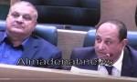 بالفيديو:  الخشاشنة ووزير المياه  عن 10 آلاف عداد غير صالحة  بيعت للمواطنين  في اربد وجرش